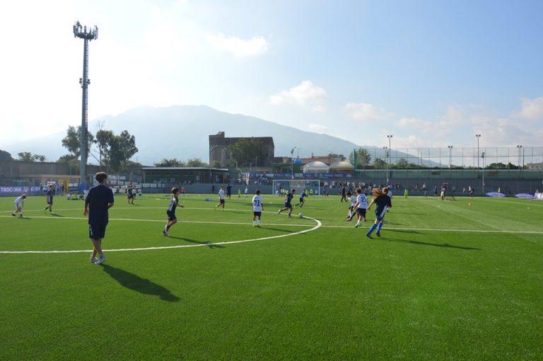 A Sant'Anastasia lo stadio ora è un capolavoro. Alla faccia dei peggiori anastasiani